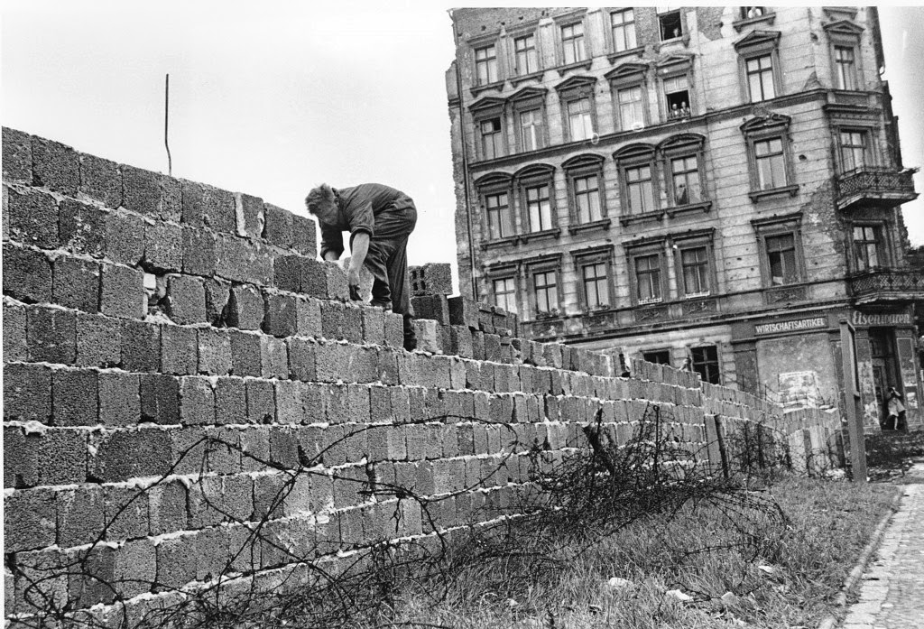 The fall of the berlin wall essays
