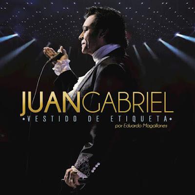 Juan Gabriel, vestido de etiqueta