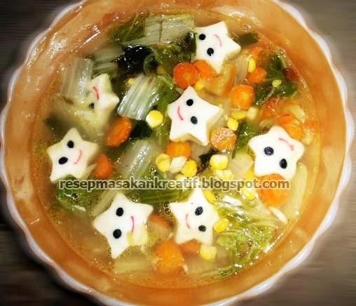 Sawi merupakan jenis sayuran yang sering dimasak dengan kuah bening RESEP SAYUR BENING SAWI PUTIH BAKSO IKAN