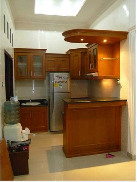 kitchen set with minibar