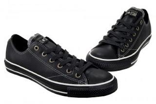 4bac2c4ac5e4c0 Converse All Star Chuck Taylor CT AS European OX 1J858 Black Leather Shoes  Women · ราคา 3800 บาท · รองเท้าหนัง หุ้มส้นสีดำ รุ่น OX 1J858 ผู้หญิง