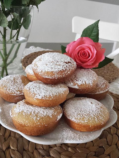 Babeczki z ciasta naleśnikowego