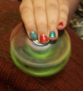 spinning fidget spinners