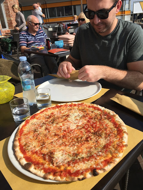 pizza in murano, italy