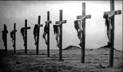 Όταν οι τούρκοι επιδείκνυαν τον Πολιτισμό τους σταυρώνοντας 16 γυναίκες από την Αρμενία...