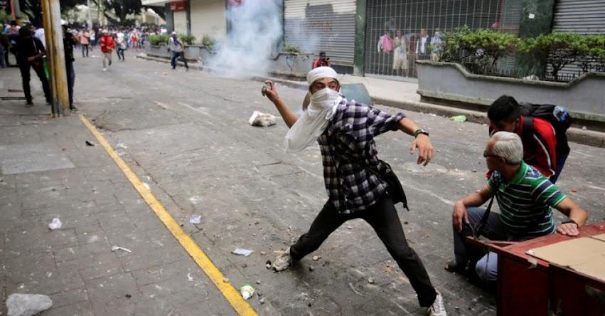 Masiva manifestación en Honduras contra la privatización de educación y la salud