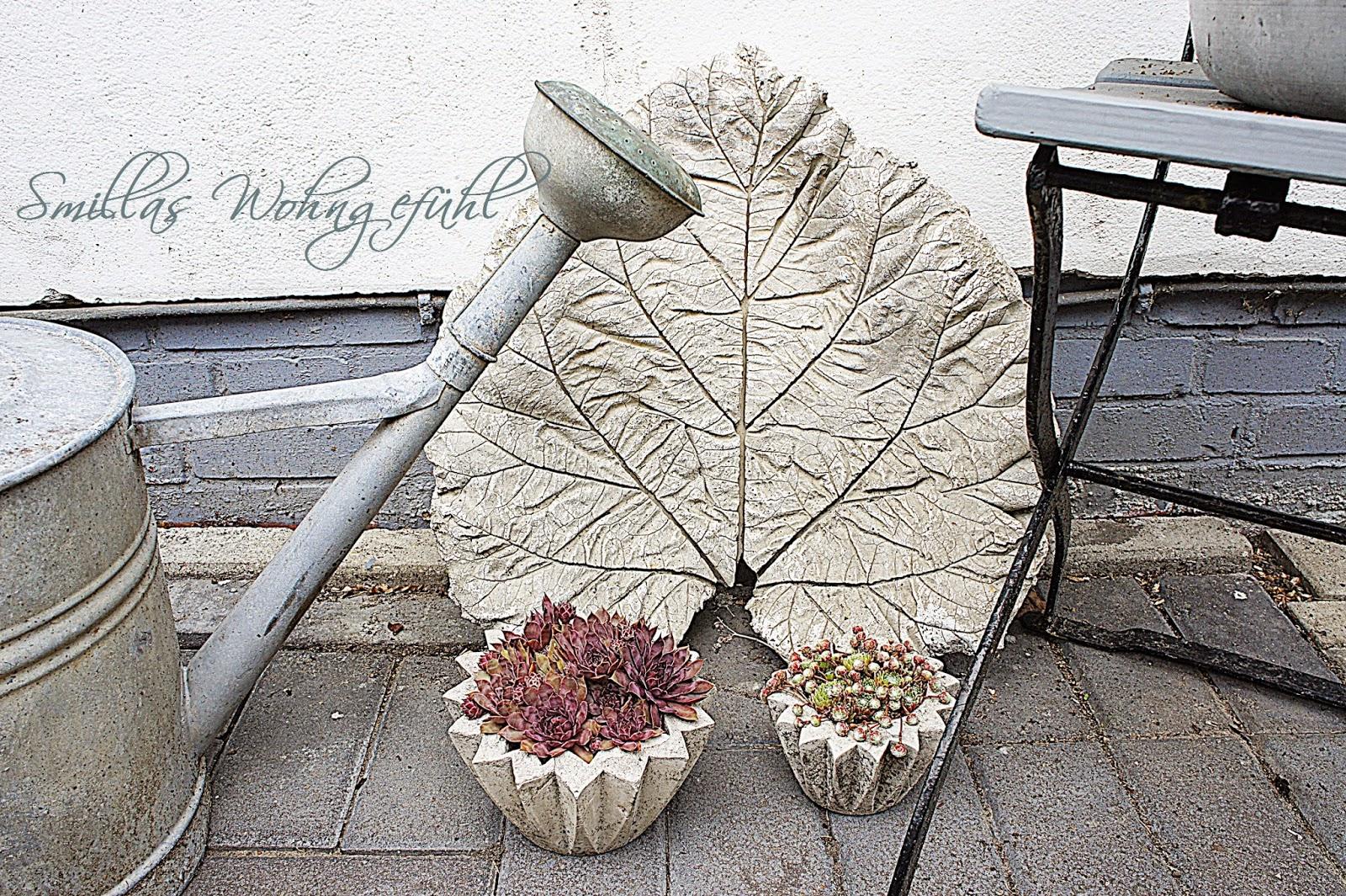 smillas wohngef hl diy concrete leaves bl tter aus zement. Black Bedroom Furniture Sets. Home Design Ideas