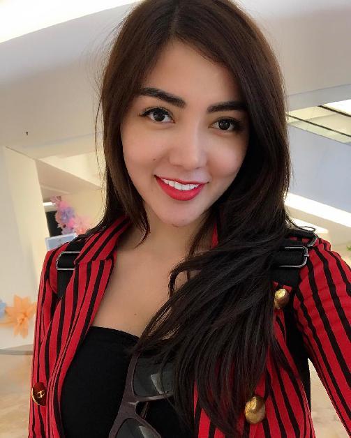 Fakta Bella Shofie Harus Anda Ketahui [Artis Indonesia Hot]