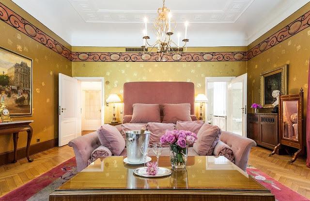 Люкс «Grunewald Suite Karl Lagerfeld» в отеле Patrick Hellmann Schlosshotel, Берлин