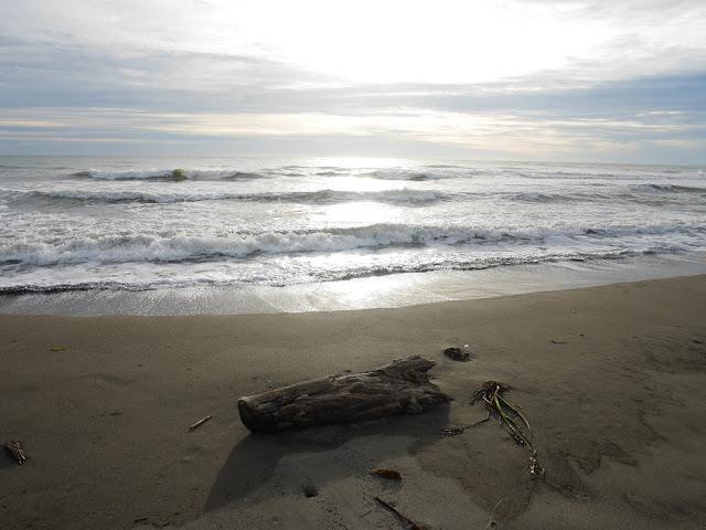 Suatu Pantai di Meulaboh