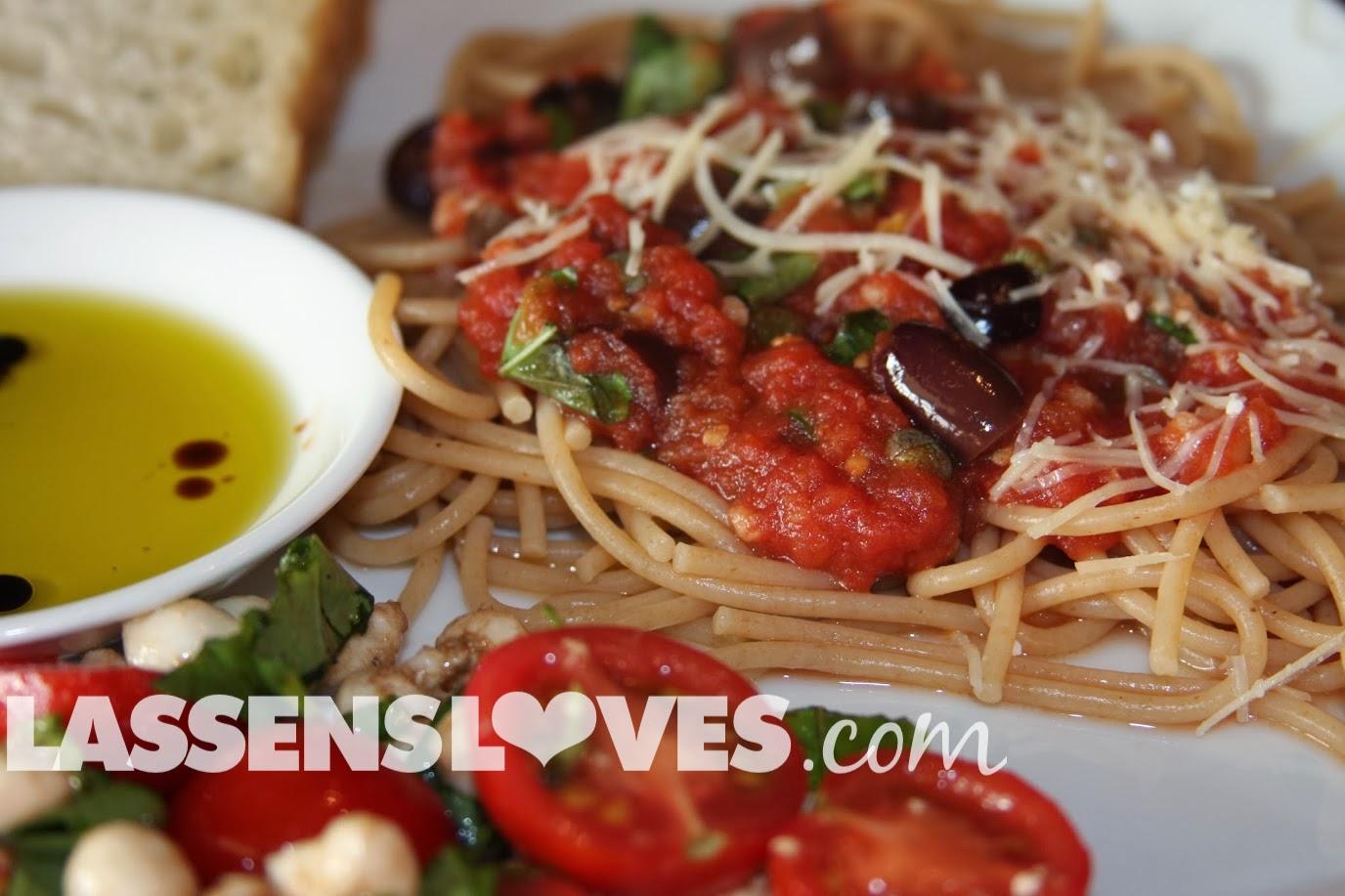 lassensloves.com, Lassen's, Lassens, Pasta+Puttanesca, Kalamata+Olives, Caprese+Salad