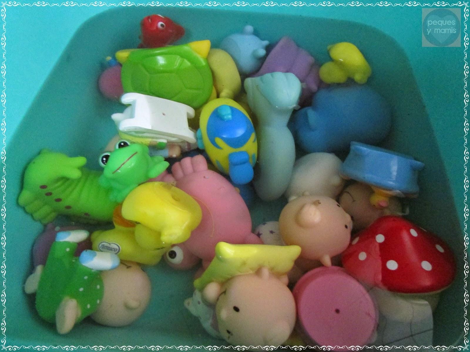 Pequesymamis limpiar los juguetes del ba o - Guarda juguetes bano ...