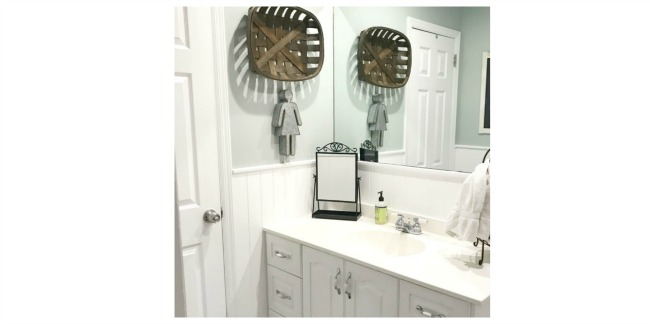 A Neutral Bathroom Makeover