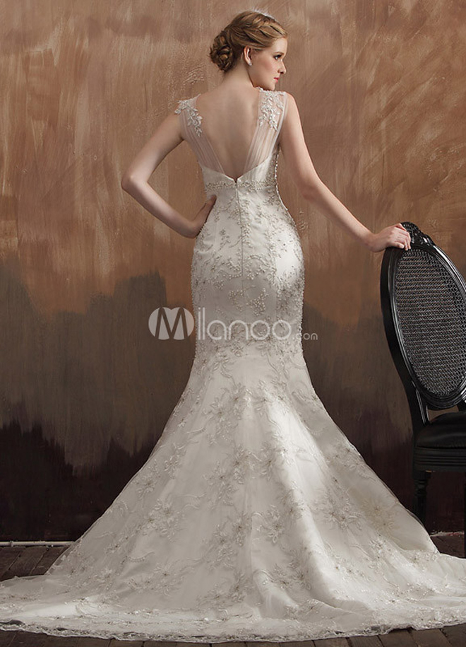 Beautiful and affordable bridal gowns by milanoo belle for Cheap but beautiful wedding dresses