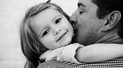 Ισλανδική επιστημονική έρευνα Από τον πατέρα τους «παίρνουν« τα παιδιά τις γενετικές μεταλλάξεις.