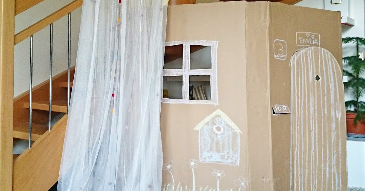 ein spielhaus aus karton oder wie wir den platz unter der treppe endlich sinvoll nutzen. Black Bedroom Furniture Sets. Home Design Ideas