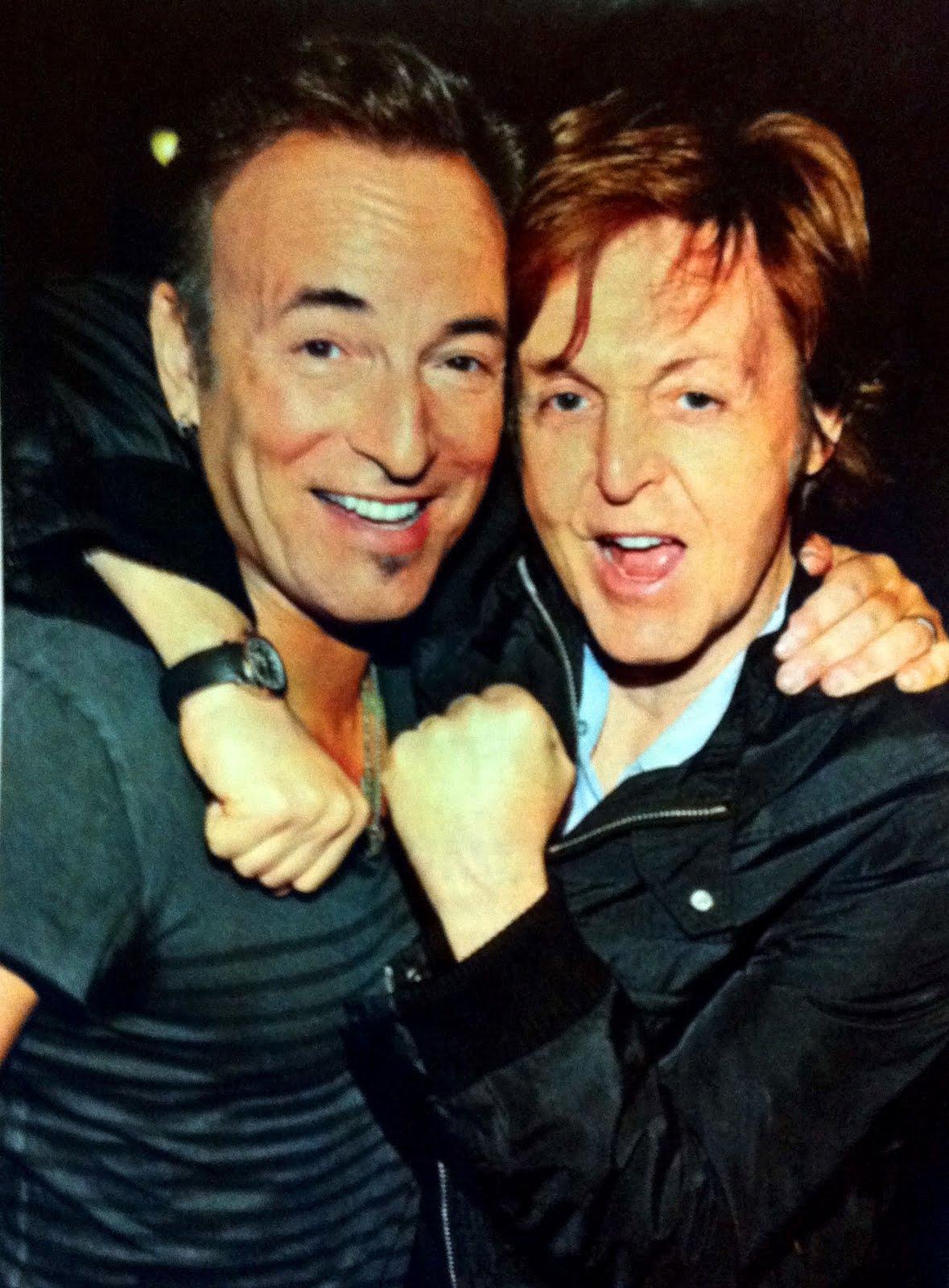 Bruce Springsteen Paul Mccartney : 1000 images about music mad musicians male on pinterest george michael bruce springsteen ~ Vivirlamusica.com Haus und Dekorationen
