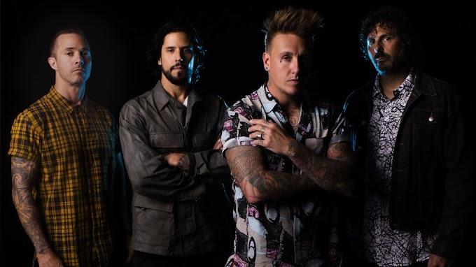 Yeni Albüm : Papa Roach - Who Do You Trust?
