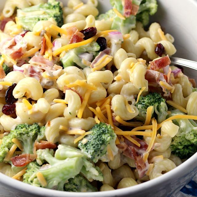 Easy Broccoli Pasta Salad