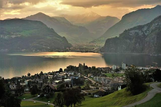 Gambar Pemandangan Alam Indah di Swiss Tepi Danau Hergiswil Wisata Cantik