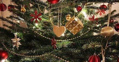 Auguri Di Buon Natale Al Fidanzato.Auguri Di Natale Per Il Fidanzato Frasi Per Lui Piene D Amore Linkuaggio