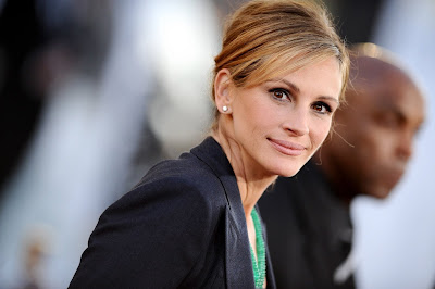 Julia Roberts HD Wallpaper Hollywood Actress looking beautiful 004,Julia Roberts HD Wallpaper