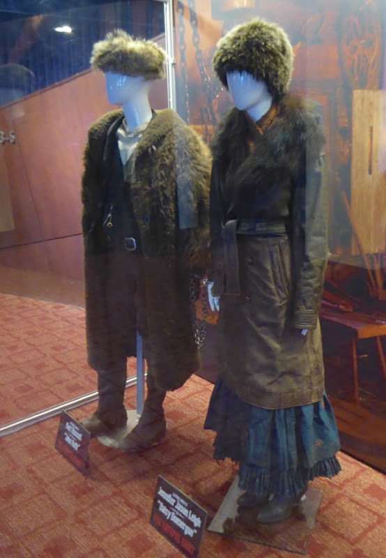 Hateful Eight John Ruth and Daisy Domergue costumes