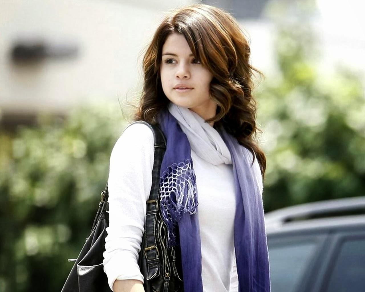 Selena Gomez Hd Wallpapers Download Beautiful Desktop