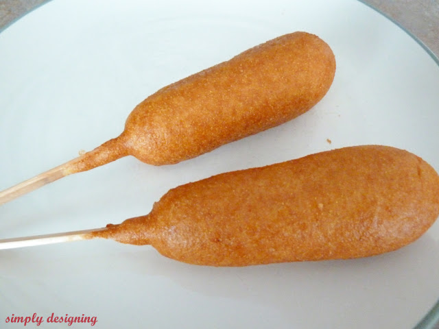 #ad Corn Dog Pops | a simple and fun appetizer | #appetizer #recipe #getcorny #cbias