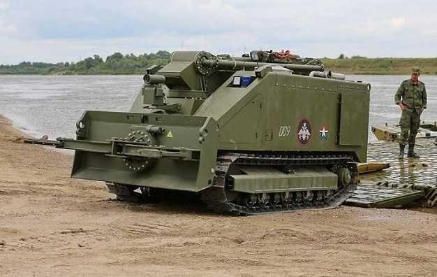 Pasukan Rusia Terima Sistem Robot Canggih Uran-14