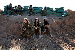Pasukan Demokratik Suriah (SDF) yang didukung Amerika Serikat menyerahkan lebih dari 150 petempur Irak dan asing ISIS kepada Irak, Kamis (21/2).