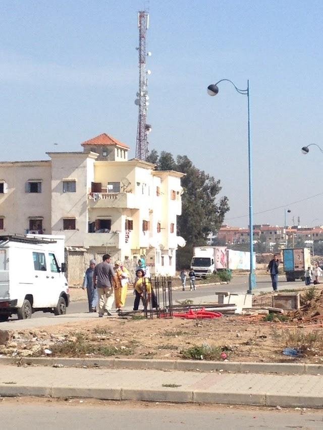 سكان بلدية حد السوالم بإقليم برشيد يشتكون ضرر برج للريزو
