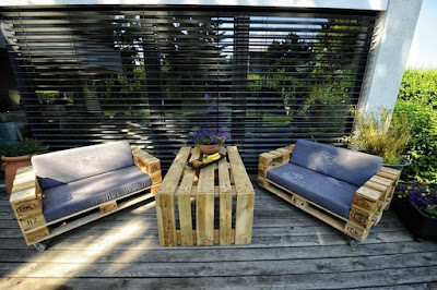 Sofas for the garden from Pallet
