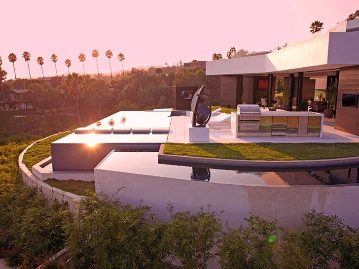 36 million dollars modern home in Beverly Hills: Most