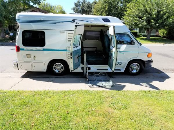 used rvs 1999 dodge 3500 leisure travel class b rv for sale by owner. Black Bedroom Furniture Sets. Home Design Ideas