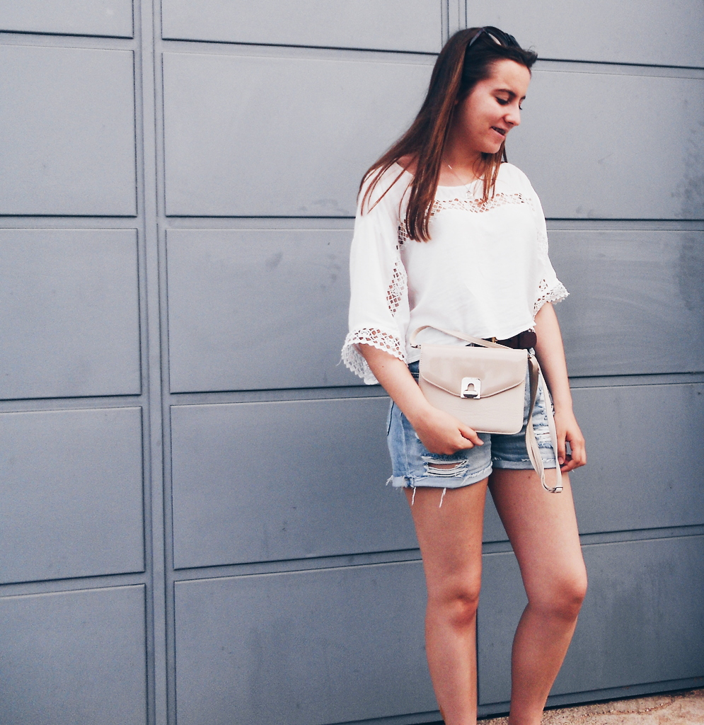 outfit | White shirt and denim shorts