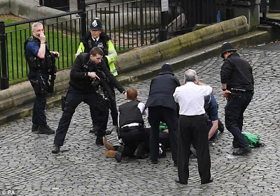 5 dead in UK Parliament terror attack as car ploughs victims on Westminster bridge and assailant stabs pedestrians