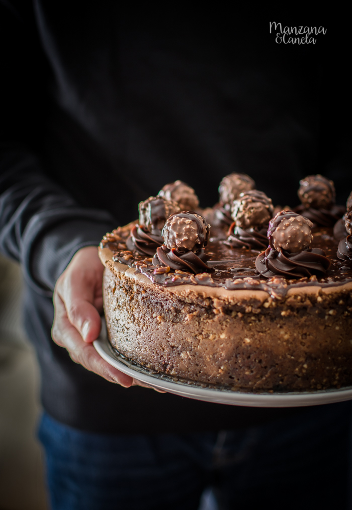 Cheesecake de Nutella y Ferrero Rocher.