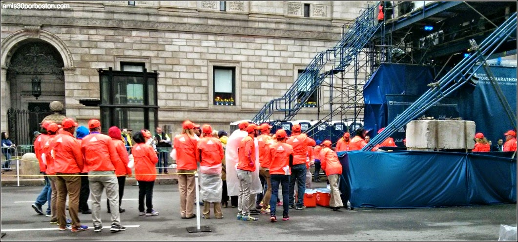 Maratón de Boston 2015: Voluntarios en la Meta