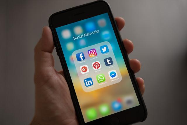 5 Alasan Anda Harus Menghapus Sosial Media !