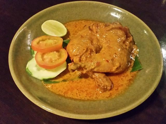 Chicken in Perchik Sauce