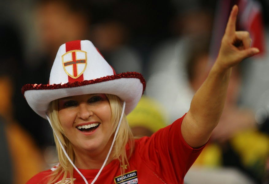 Olympic Games Rio 2016: sexy hot girls, fans, athletes, beautiful woman supporter of the world. Pretty amateur girls, pics and photos. Brazil 2016. England Inglaterra inglesas