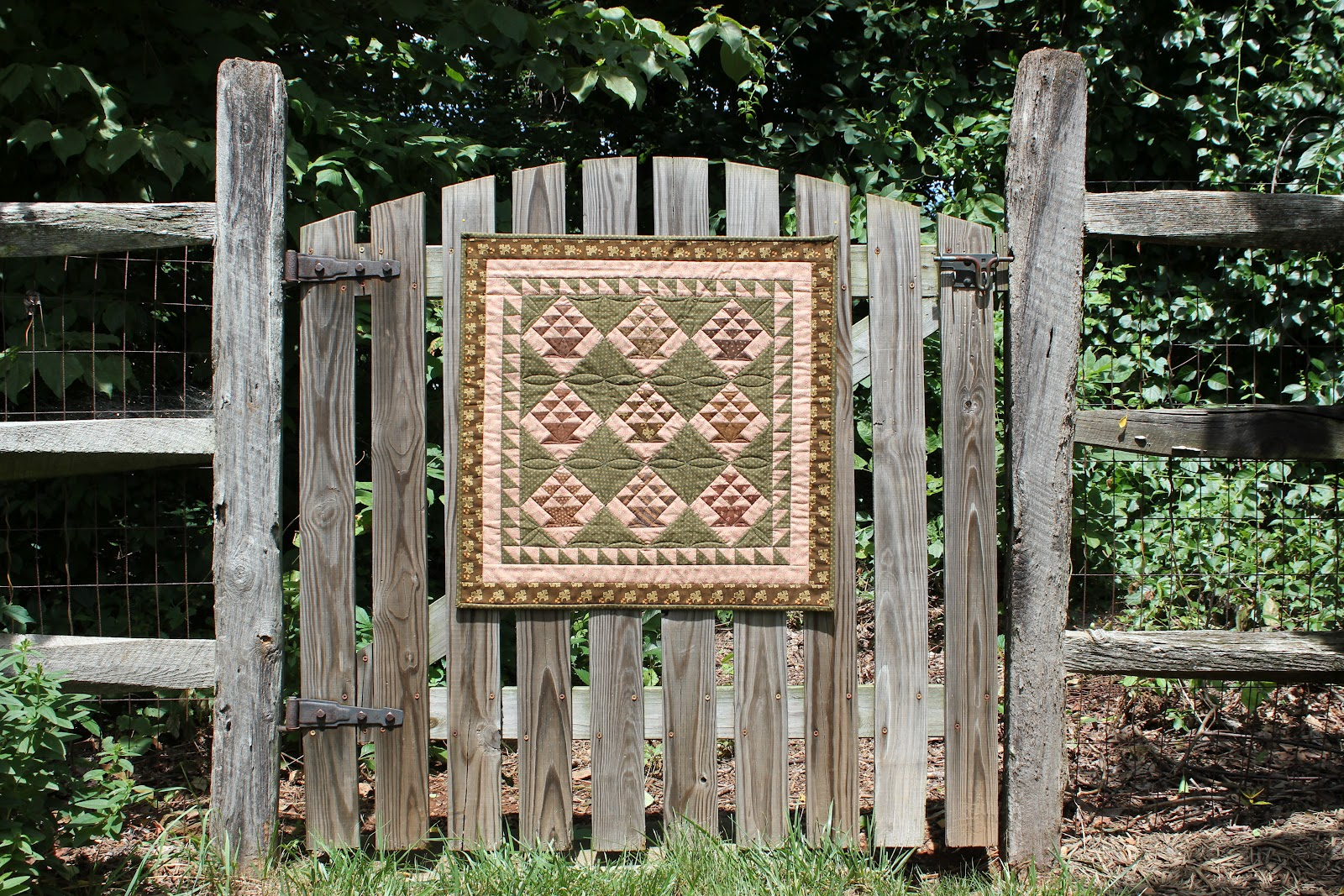 spring water designs quilts in the garden