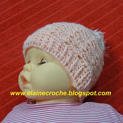 Este gorro touca para bebê em Ponto Tijolinho usando fios especiais para  bebê e agulha Crochê Clover 3 4ca581632d1