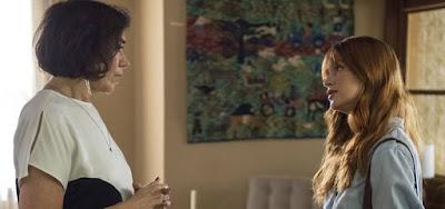 Valentina (Lilia Cabral) vai propor aliança a Luz (Marina Ruy Barbosa) para proteger o filho em O Sétimo Guardião