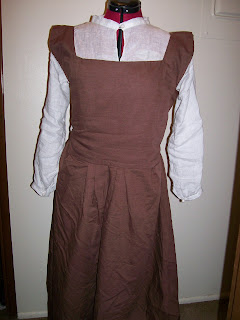 16th century smock and kirtle