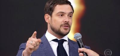 Sergio Guizé vence a categoria ator