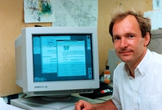 Tim Berners-Lee, WWW, HTML