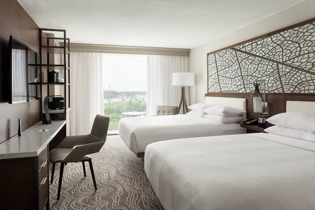 Reserve your stay at Orlando Airport Marriott Lakeside, a contemporary Florida hotel near MCO International Airport with lake views and resort-style pool.