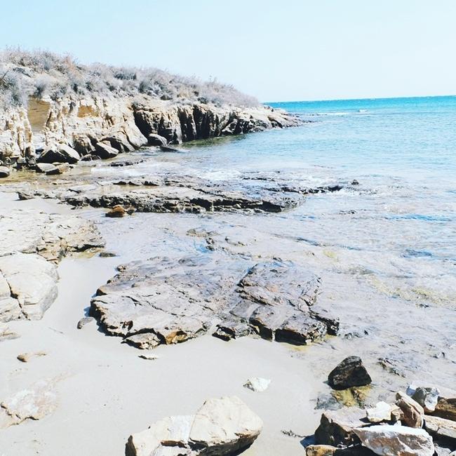 Jelena Zivanovic Instagram @lelazivanovic.Glam fab week.Viva Punda beach,Paros island beaches,Cyclades,Greece.